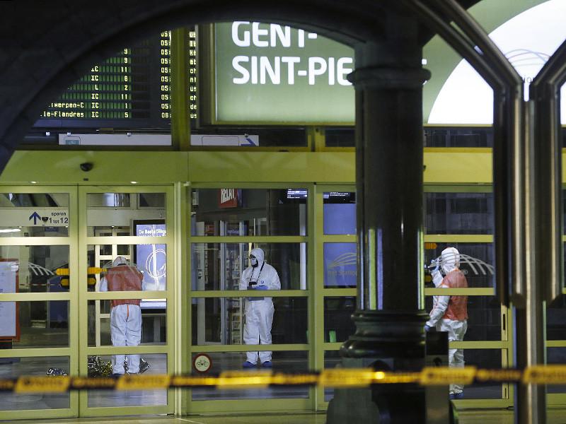 В Бельгии полицейские во вторник, 23 января, открыли стрельбу по вооруженному ножом человеку на вокзале Сен-Пьер в городе Гент