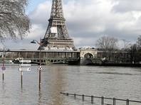 В Париже поднимается уровень воды, Лувр готовят к эвакуации