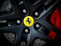 Американец судится с отелем из-за отданных самозванцу ключей от Ferrari