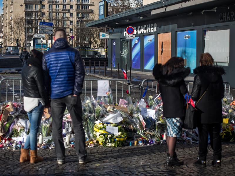 Во Франции задержаны  четверо  подозреваемых в поставке оружия для теракта в редакции Charlie Hebdo