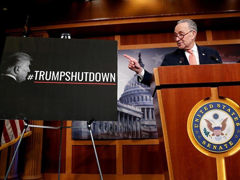 В США демократы и республиканцы договорились возобновить работу федерального правительства