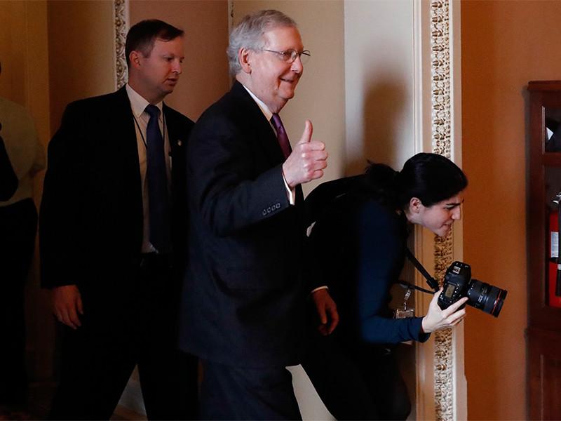Сенат США проголосовал за возобновление работы правительства