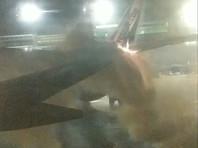 В Boeing 737-800 авиакомпании WestJet, прибывший из мексиканского Канкуна, врезался покидавший стоянку самолет авиакомпании Sunwing