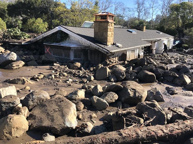 Жертвами оползней в Калифорнии стали уже 20 человек
