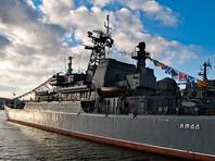 """Длина большого десантного корабля проекта 775 """"Ямал"""" - 112,5 м, ширина - 15 м. Экипаж - 98 человек. На вооружении корабля стоит артиллерия и зенитная артиллерия, а также ракетное, радиолокационное и радиоэлектронное вооружение"""