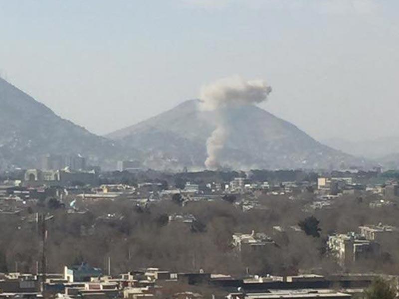В столице Афганистана утром в субботу прогремел мощный взрыв на КПП у бывшего здания министерства внутренних дел: десятки человек пострадали, есть жертвы