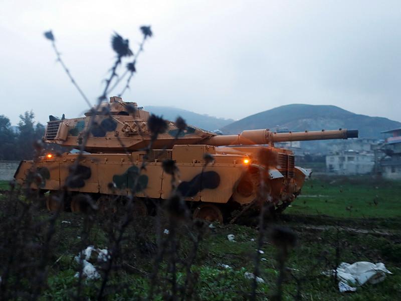 Россия начала вывод войск из Африна, где Турция ведет обстрел  позиций сирийских курдов