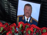 По данным агентства Reuters, Асапов прибыл на Украину осенью 2015 года. Два источника рассказали, что он был поставлен командовать ключевым подразделением сепаратистов - Первым армейским корпусом
