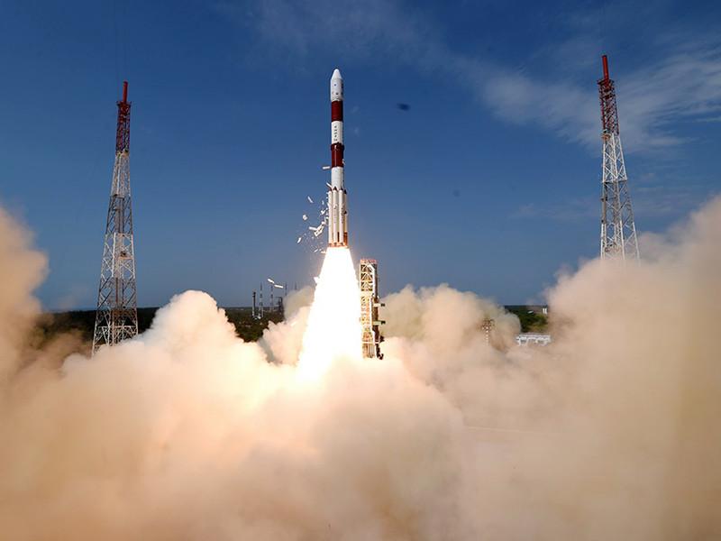 Индия успешно запустила в космос сотый спутник собственного производства (ВИДЕО)
