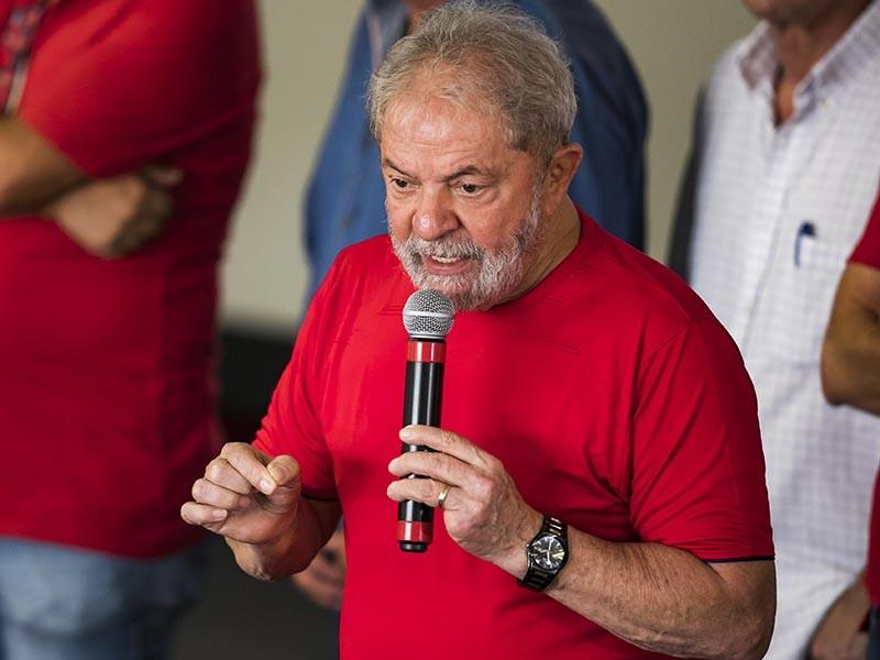 В Бразилии суд второй инстанции подтвердил приговор по делу бывшего президента страны Луиса Инасиу Лулы да Силвы, обвиняемого в коррупции