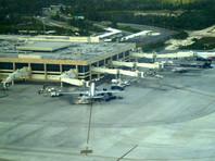 """Сотни российских туристов не могут вернуться домой из Мексики из-за долгов авиакомпании """"Россия"""""""