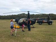 Австралиец доверился интуиции, нанял вертолет и смог спасти раненого сына, застрявшего в машине в лесу