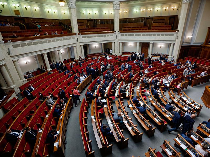 Верховная Рада одобрила инициативу Порошенко пригласить на Украину 20 тысяч военных из США и НАТО