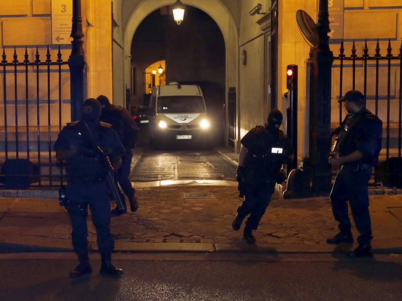 """Полиция посчитала стрельбу в центре Амстердама """"криминальным инцидентом"""""""