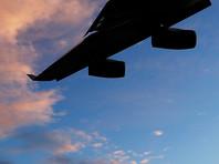 Лайнер  премьер-министра Японии потерял фрагмент крыла  по время полета