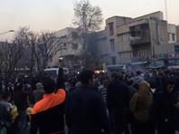 Духовный лидер Ирана заявил о провалившейся попытке США и Великобритании вызвать беспорядки в республике