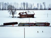 В Швейцарии без электричества остались 14 тысяч домов. Несколько человек пострадали из-за сошедшего с путей поезда