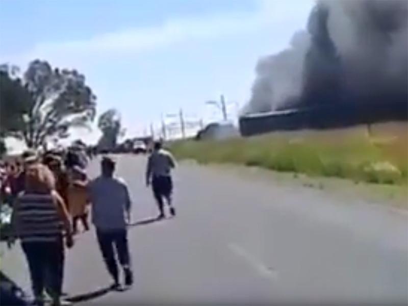 Как минимум 12 человек погибли в результате столкновения пассажирского поезда и грузовика в южноафриканской провинции Свободное Государство, еще около 260 получили травмы