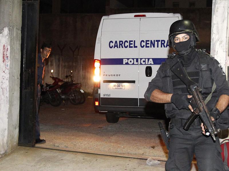 Министерство внутренних дел Уругвая начало расследование в связи со скандалом вокруг посольства РФ в Аргентине, которое, как выяснилось, базой наркотрафика