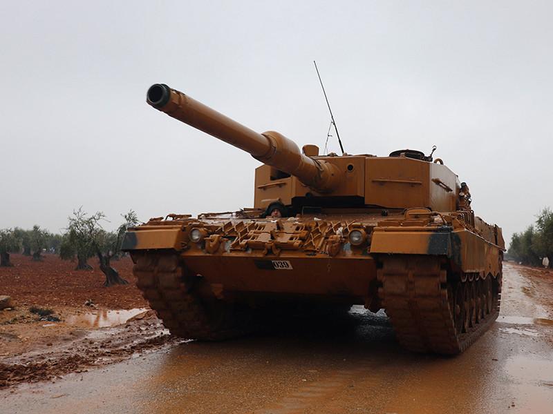 Вскоре сирийское телевидение сообщило о том, что турецкие военнослужащие обстреляли зону, через которую проехали автомобили с проправительственными ополченцами