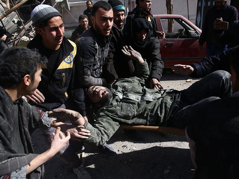 Точное число потерь в Сирии не называют, ограничиваясь информацией о том, что в результате воздушных ударов есть погибшие. Между тем телеканал CNN, ссылаясь на официальное заявление штаба операции Inherent Resolve, передает, что жертвами обстрелов стали более 100 бойцов проправительственных сил