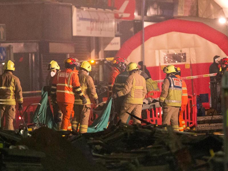 В результате мощного взрыва в магазине, произошедшего вечером 25 февраля в городе Лестере, погибли четыре человека