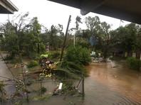 В островном королевстве Тонга циклон разрушил здание парламента и 40% столичных домов (ВИДЕО)