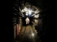 Более 900 шахтеров оказались заблокированы под землей в Южной Африке