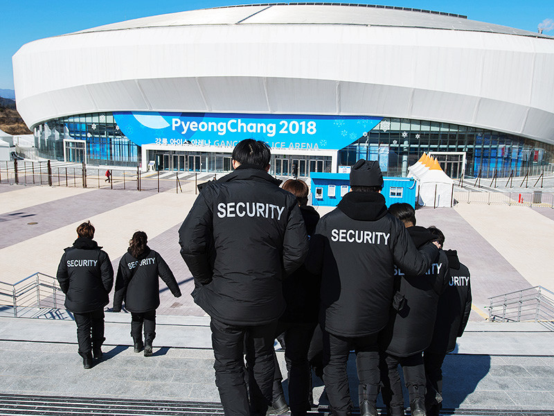 Вспышка норовируса привела к отстранению от службы около 1200 агентов службы безопасности, ответственных за порядок на олимпийских объектах в южнокорейском Пхенчане. Выбывших срочно заменяют солдаты