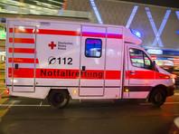 """Молодая девушка из юго-западной Германии получила серьезные ожоги после того как ее ноги попали в """"котел ведьм"""", наполненный горячей водой, во время субботнего карнавала в городе Эппинген, в земле Баден-Вюртемберг"""