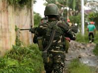 """""""Это новый приказ: мы вас не будем убивать - мы просто выстрелим вам в вагины, без которых вы ничего не стоите"""", - заявил Дутерте, выступая на прошлой неделе перед двумя сотнями бывших повстанцев-коммунистов во дворце Малакананг"""