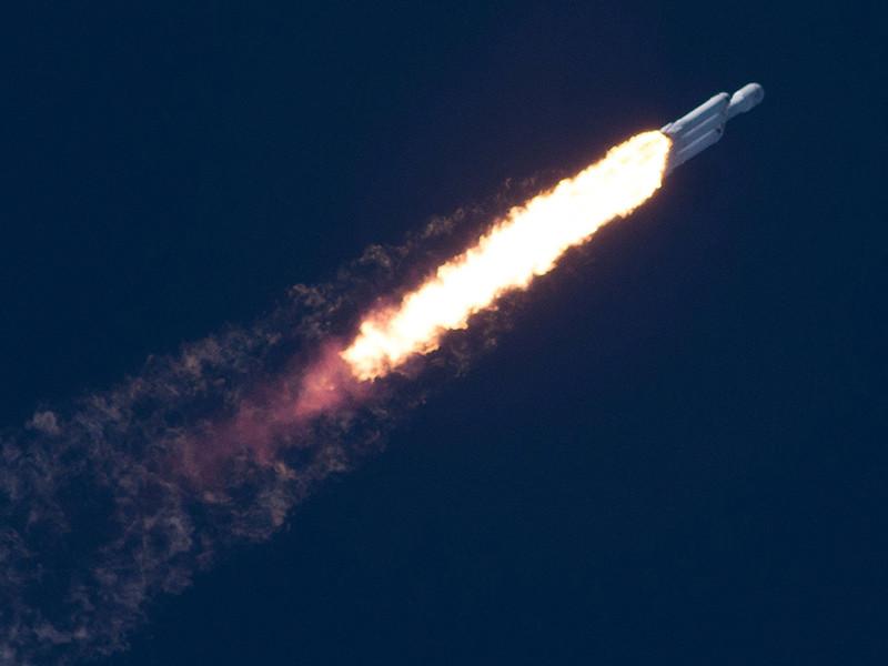 Опубликовано ВИДЕО с реакцией Илона Маска на запуск Falcon Heavy