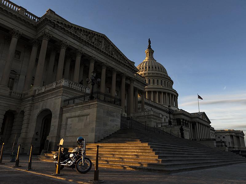 В сенате США договорились о повышении бюджетных расходов на 300 млрд долларов в ближайшие два года
