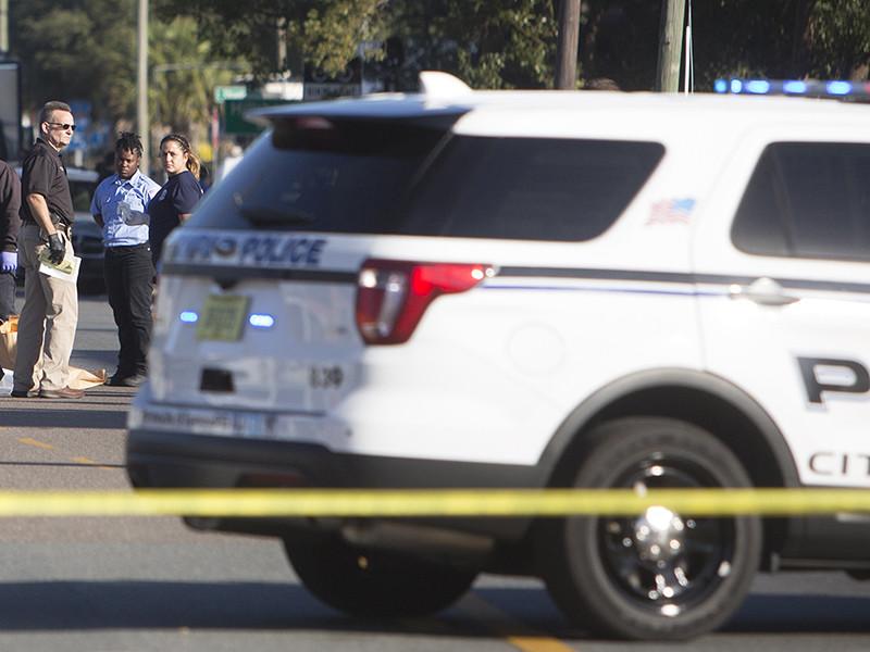 В средней школе Марджори Стоунман Дуглас в города Паркленд, штат Флорида, произошла стрельба