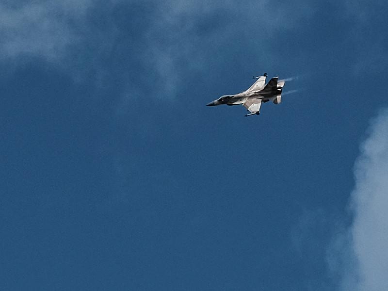 """Израиль нанес авиаудар по подземной инфраструктуре """"Хамас"""" в секторе Газа в ответ на ракетную атаку"""