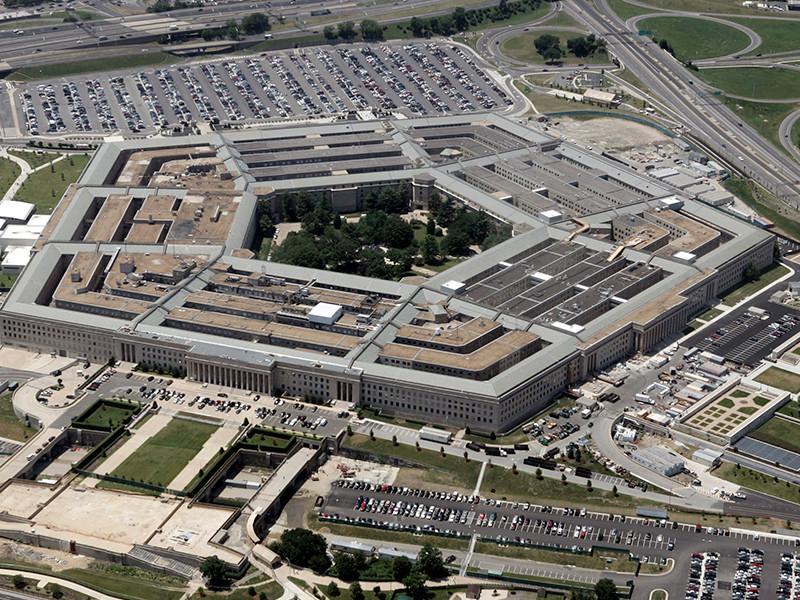 Пентагон готовится уволить десятки тысяч военнослужащих США