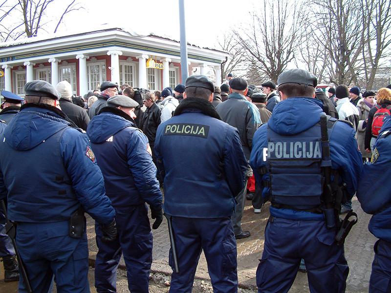 Полиция Латвии создает спецотряды на случай гибридной войны