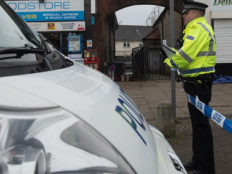 """В Глазго автомобиль намеренно въехал в группу школьников, водителя разыскивают"""" />"""