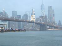 Вертолет рухнул в судоходный пролив между Манхэттеном и Бруклином (ВИДЕО)