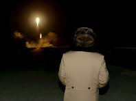 О своем намерении лидер КНДР упомянул на недавней встрече с южнокорейской делегацией. Ким Чен Ын также может коснуться вопроса денуклеаризации Корейского полуострова во время встречи с президентом США Дональдом Трампом