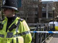 Британская полиция, расследующая отравление бывшего российского шпиона Сергея Скрипаля и его дочери Юлии в городе Солсбери, считает, что использованное для химической атаки нервно-паралитическое вещество было нанесено на входную дверь