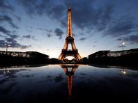 В память о жертвах теракта на юге Франции погасят огни Эйфелевой башни