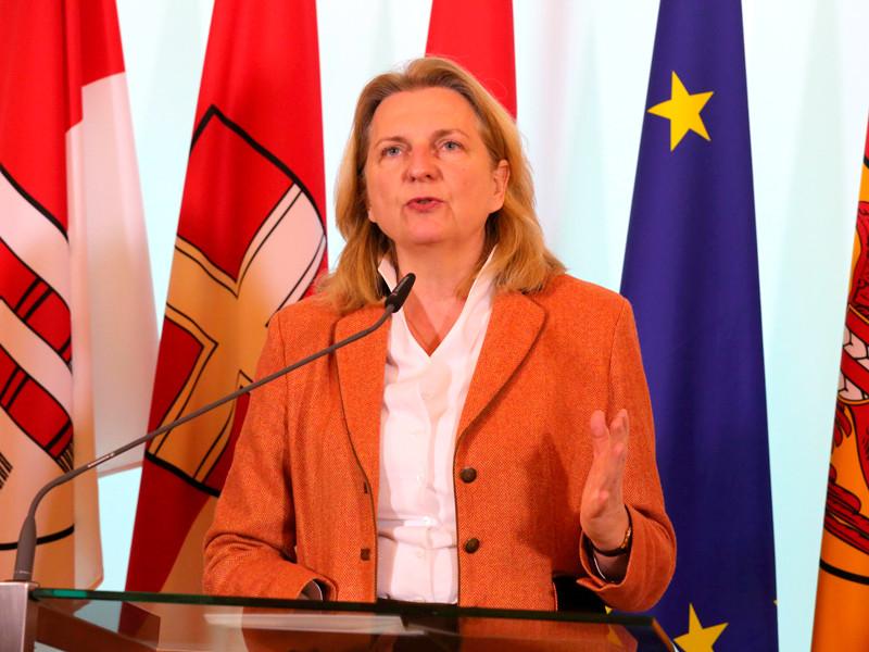 """Глава МИД Австрии объяснила причину отказа от  высылки российских дипломатов: надо дождаться прояснения ситуации"""" />"""