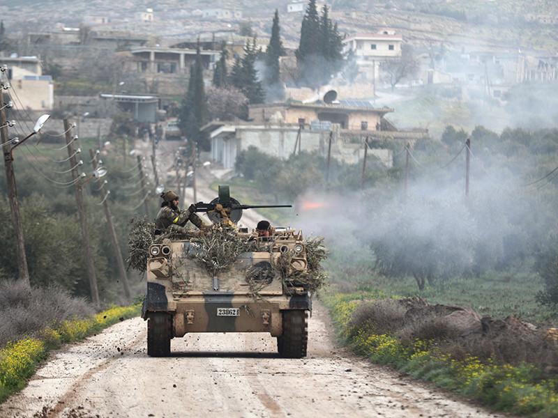 """По его данным, турецким военным при поддержке отрядов """"Сирийской свободной армии"""", оппозиционных правительству Сирии, удалось выбить из этого города бойцов """"Сил народной самообороны"""" и членов Рабочей партии Курдистана"""