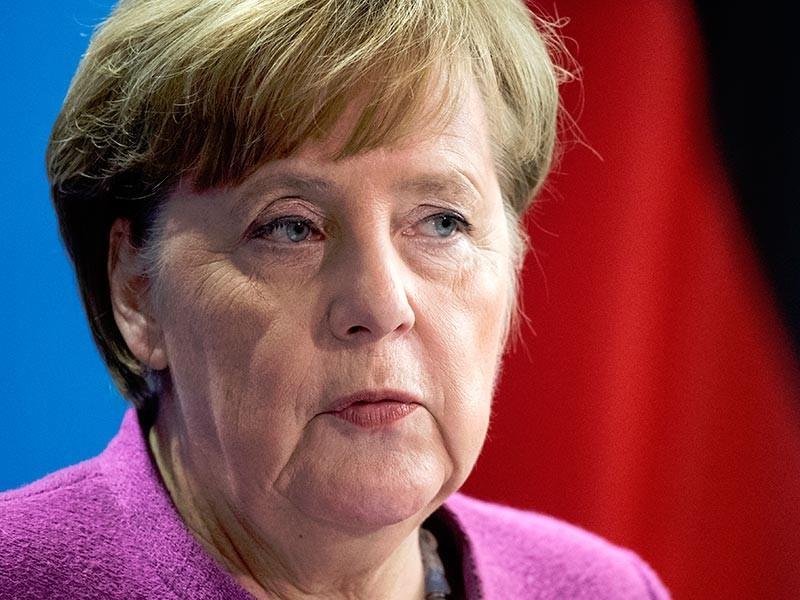Канцлер ФРГ Ангела Меркель вслед за своим французским коллегой Эммануэлем Макроном отреагировала на победу действующего президента РФ Владимира Путина в выборах главы государства, состоявшихся накануне, 18 марта