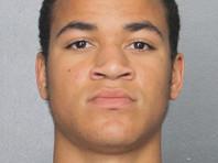Брата стрелка из Флориды задержали на территории школы, где были убиты 17 человек
