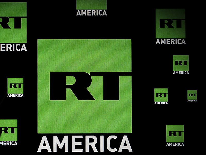 Это связано с прекращением вещания двух цифровых станций WNVT и WNVC в штате Виргиния, которые осуществляли трансляцию ряда иностранных новостных каналов, в том числе и RT. Год назад владелец станций продал с аукциона частоты, на которых шло вещание
