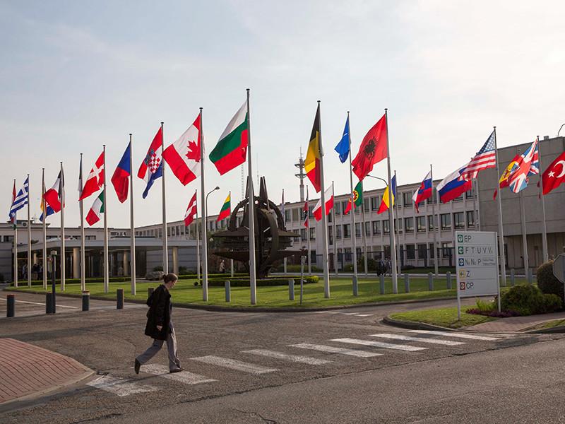 НАТО предоставило Украине статус страны-соискателя