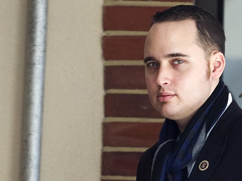 В США умер хакер Адриан Ламо, получивший известность после того, как выдал властям США данные для ареста информатора WikiLeaks Челси Мэннинг (Брэдли Мэннинга). Ламо было 37 лет