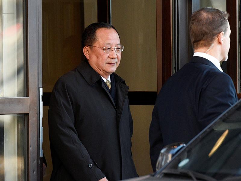 Швеция имеет долгую историю посредничества между Вашингтоном и Пхеньяном, поэтому данный визит подогревает предположения, что он может быть частью будущего исторического саммита двух ядерных противников